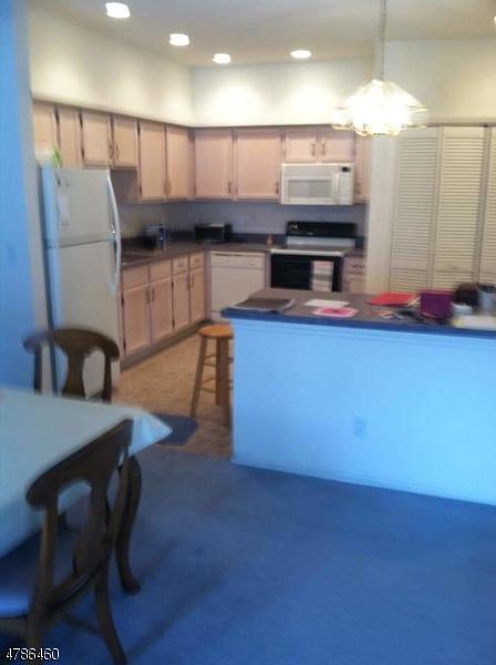 7301 Richmond Rd #301, West Milford Twp., NJ 07480 (MLS #3454267) :: RE/MAX First Choice Realtors