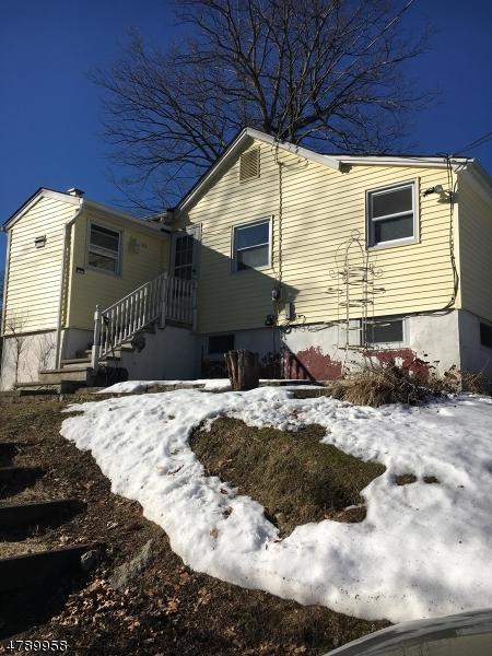 40 Kingsland Rd, West Milford Twp., NJ 07421 (MLS #3458187) :: The Sue Adler Team