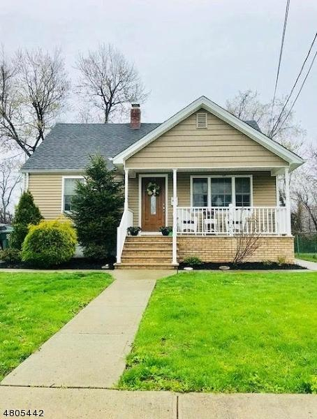 45 Florence Dr, Clark Twp., NJ 07066 (#3471896) :: Daunno Realty Services, LLC