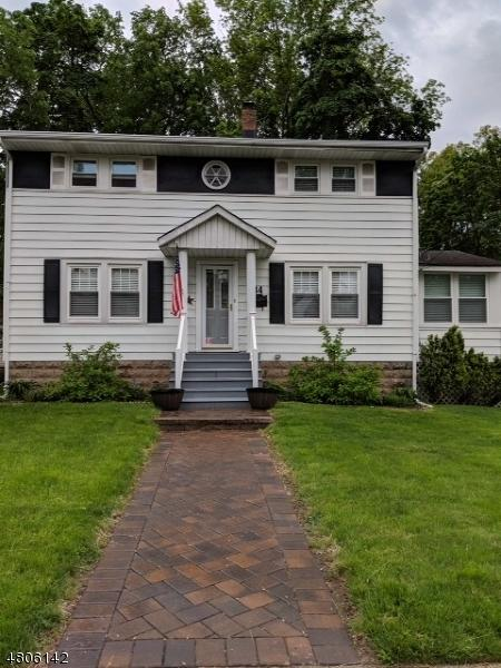 84 Ravine Ave, West Caldwell Twp., NJ 07006 (MLS #3472879) :: Zebaida Group at Keller Williams Realty