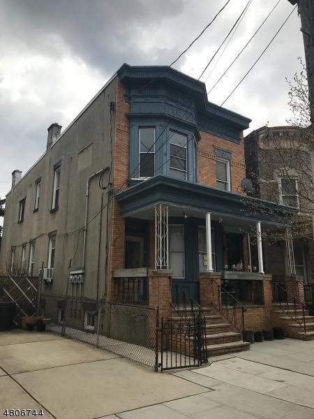 2206 New York Ave, Union City, NJ 07087 (MLS #3473102) :: Zebaida Group at Keller Williams Realty