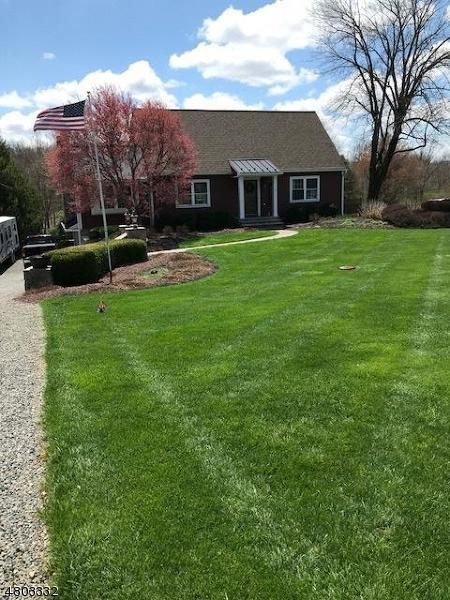 6 Codington Ln, Glen Gardner Boro, NJ 08826 (MLS #3473271) :: Jason Freeby Group at Keller Williams Real Estate