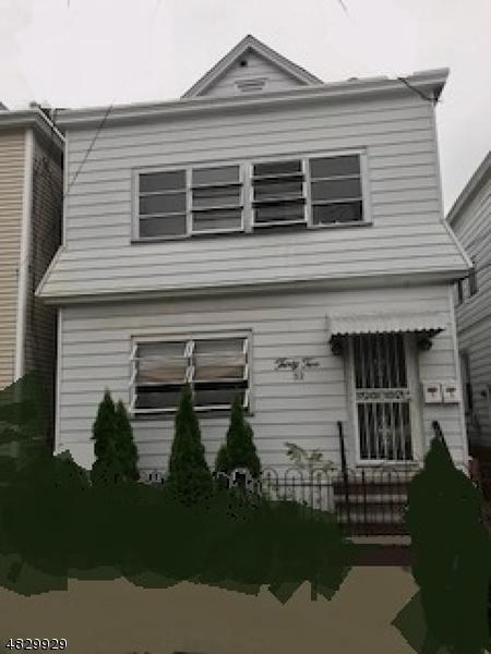 32 Holden St, Clifton City, NJ 07011 (MLS #3494638) :: Pina Nazario