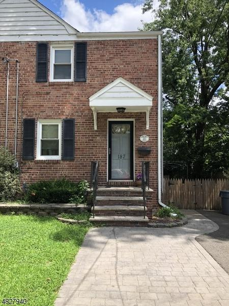 187 Kearney Ave, Rahway City, NJ 07065 (MLS #3495656) :: SR Real Estate Group
