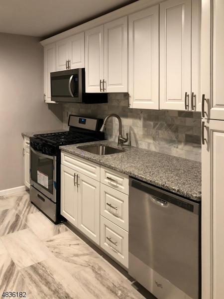 37 Sandra Circle B2, Westfield Town, NJ 07090 (MLS #3500378) :: Coldwell Banker Residential Brokerage