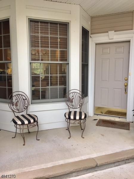 75 Schweinberg Dr, Roseland Boro, NJ 07068 (MLS #3505065) :: SR Real Estate Group
