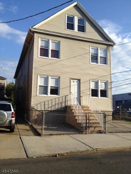 762 Ogden St, Elizabeth City, NJ 07202 (MLS #3506100) :: The Dekanski Home Selling Team