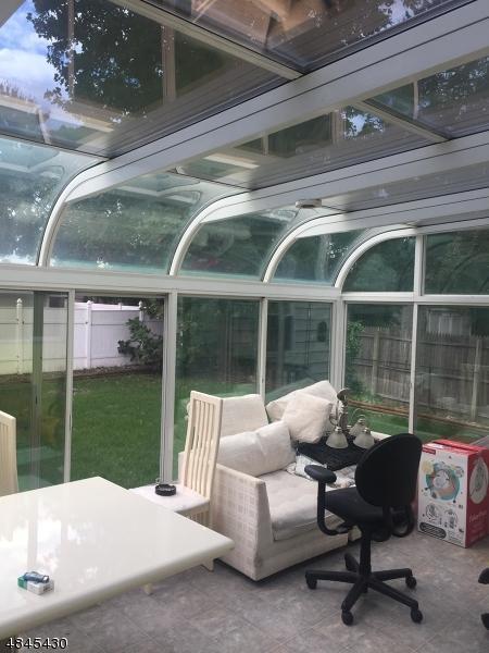 292 Terrace St, Rahway City, NJ 07065 (MLS #3509037) :: The Dekanski Home Selling Team