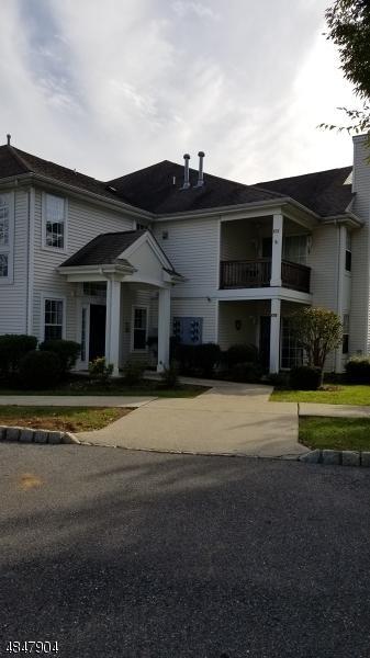 824 Honeybrook Cir, Lopatcong Twp., NJ 08886 (MLS #3511659) :: Coldwell Banker Residential Brokerage