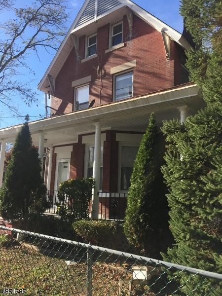 860 Jaques Ave, Rahway City, NJ 07065 (#3514892) :: Daunno Realty Services, LLC