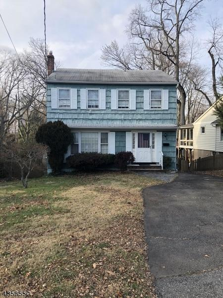 4 Hill St, North Caldwell Boro, NJ 07006 (MLS #3519415) :: Zebaida Group at Keller Williams Realty