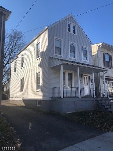 422 W Grand Ave, Rahway City, NJ 07065 (MLS #3519723) :: The Dekanski Home Selling Team