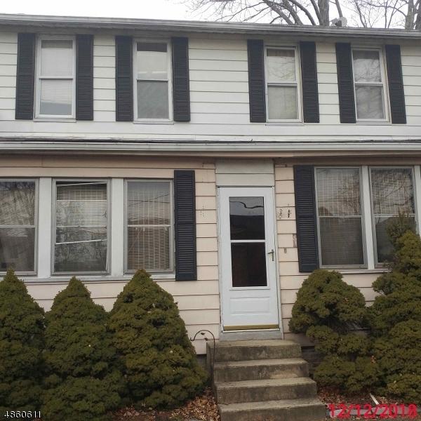 186 Horseneck Rd, Fairfield Twp., NJ 07004 (MLS #3523011) :: William Raveis Baer & McIntosh