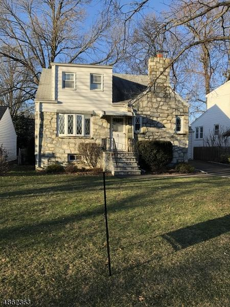 63 Colonial Dr, Clark Twp., NJ 07066 (#3524702) :: Daunno Realty Services, LLC