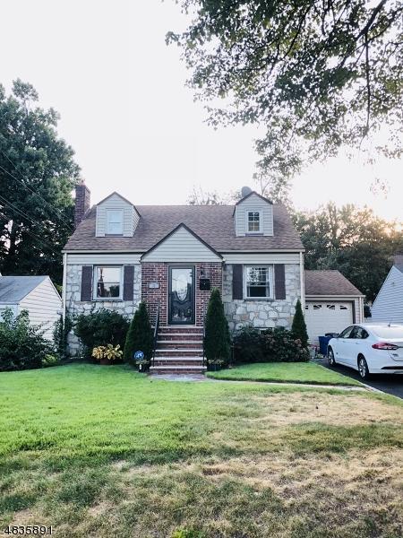 81 Mildred Ter, Clark Twp., NJ 07066 (#3526097) :: Daunno Realty Services, LLC