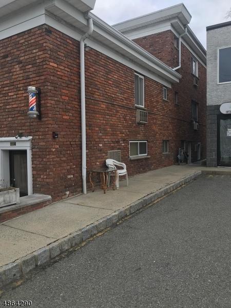 114 N Beverwyck Rd, Parsippany-Troy Hills Twp., NJ 07034 (MLS #3526456) :: Mary K. Sheeran Team