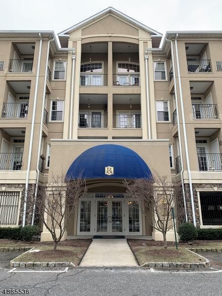 7305 Ravenscroft Rd #7305, Clifton City, NJ 07013 (MLS #3527344) :: Coldwell Banker Residential Brokerage