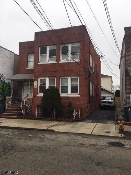 623 4TH STREET, Newark City, NJ 07107 (MLS #3530600) :: Pina Nazario