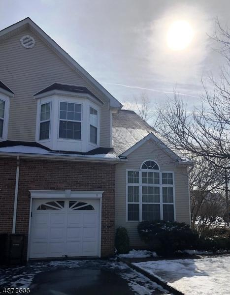 9 Reins Ct, Franklin Twp., NJ 08873 (MLS #3533681) :: Vendrell Home Selling Team