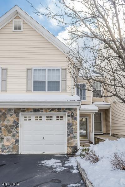 25 Mountainside Dr, Pompton Lakes Boro, NJ 07442 (MLS #3537994) :: SR Real Estate Group
