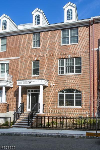 54 Carillon Cir, Livingston Twp., NJ 07039 (MLS #3539030) :: William Raveis Baer & McIntosh