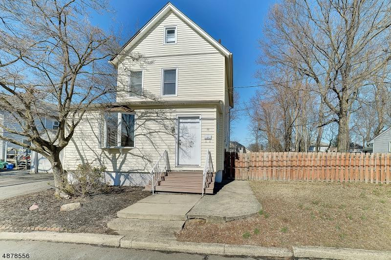 16 Dyer Ave - Photo 1