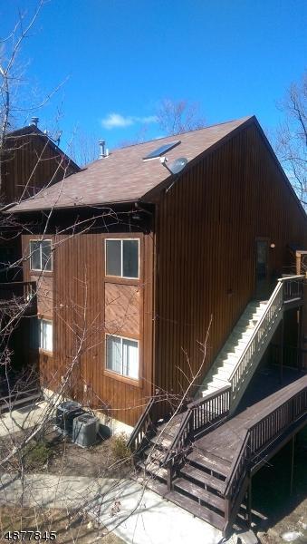 1 Pinehurst Ct Unit 2 #2, Vernon Twp., NJ 07462 (MLS #3539571) :: The Dekanski Home Selling Team