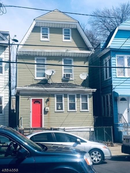 288 Ege Ave, Jersey City, NJ 07304 (MLS #3544139) :: The Debbie Woerner Team