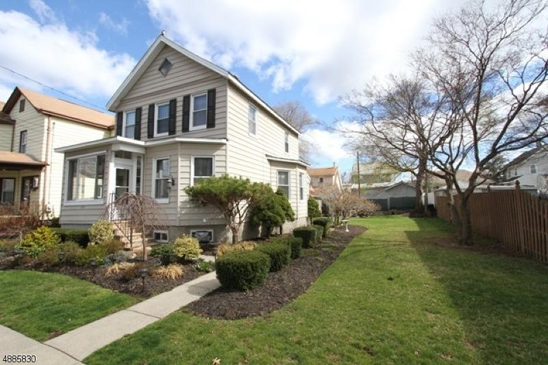 114 Lincoln Ave - Photo 1