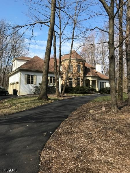 4 Canterbury Ct, Randolph Twp., NJ 07945 (MLS #3549242) :: The Douglas Tucker Real Estate Team LLC
