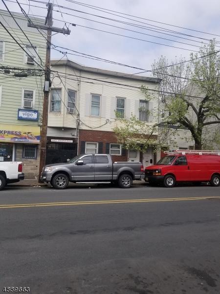 45 Pacific St, Newark City, NJ 07105 (MLS #3549259) :: The Debbie Woerner Team