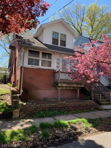 1113 Falls Ter, Union Twp., NJ 07083 (MLS #3550615) :: The Dekanski Home Selling Team