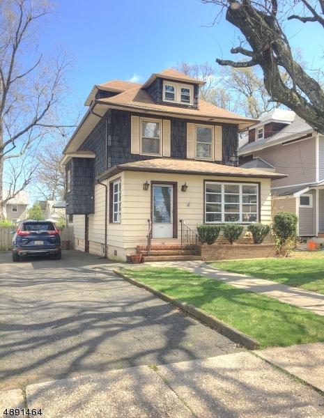 141 Monmouth Rd, Elizabeth City, NJ 07208 (MLS #3551016) :: The Dekanski Home Selling Team
