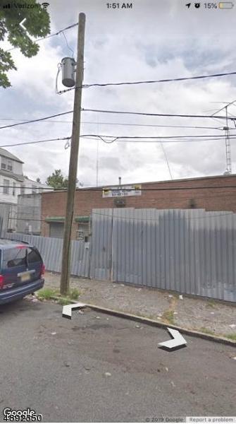 37 Delavan Ave, Newark City, NJ 07104 (MLS #3551908) :: The Debbie Woerner Team