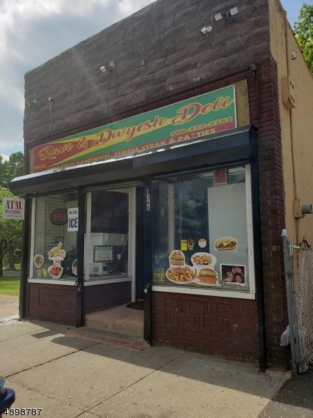 1348 W 3Rd St, Plainfield City, NJ 07060 (MLS #3558053) :: The Sue Adler Team