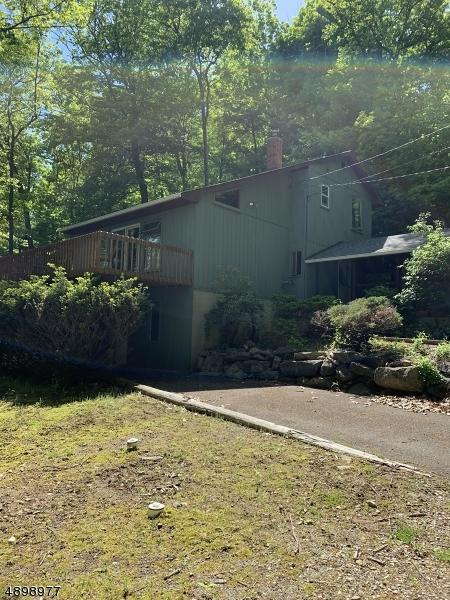106 Lounsberry Hollow Rd, Vernon Twp., NJ 07461 (MLS #3558250) :: Zebaida Group at Keller Williams Realty