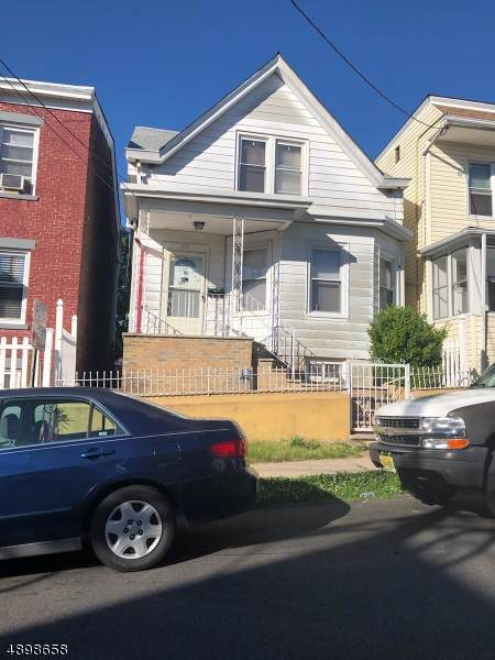 172 Carbon St - Photo 1