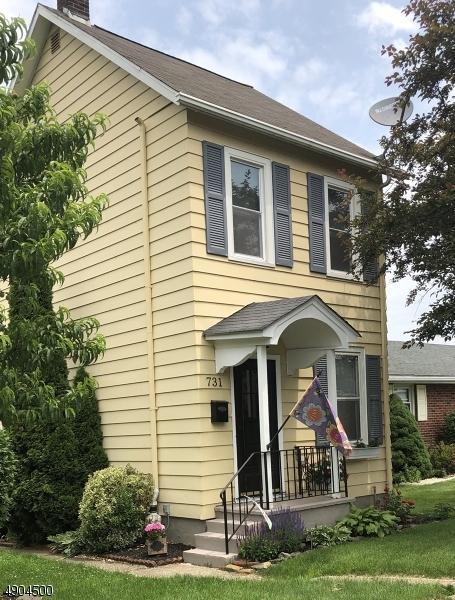 731 W Central Ave, Alpha Boro, NJ 08865 (MLS #3563296) :: Weichert Realtors