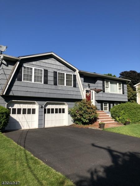 90 Smithtown Rd, Mount Olive Twp., NJ 07828 (MLS #3563901) :: The Dekanski Home Selling Team