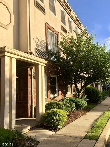 50 Pine St C3016 #316, Montclair Twp., NJ 07042 (MLS #3564030) :: Pina Nazario