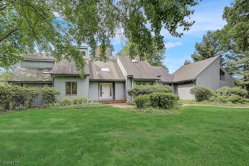25 Copper Vail Ct - Photo 1