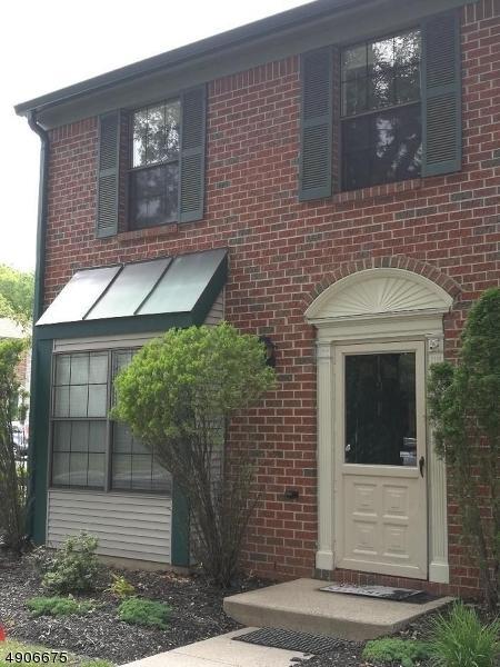9 Lyon Ln, Franklin Twp., NJ 08823 (#3565327) :: Jason Freeby Group at Keller Williams Real Estate