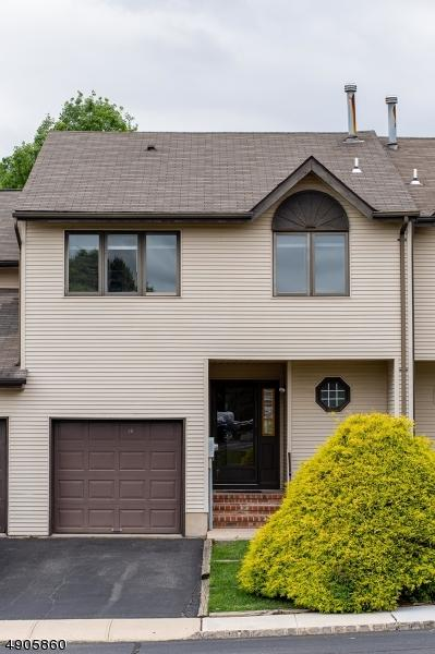 26 Linden Ct, Raritan Twp., NJ 08822 (MLS #3566405) :: Zebaida Group at Keller Williams Realty