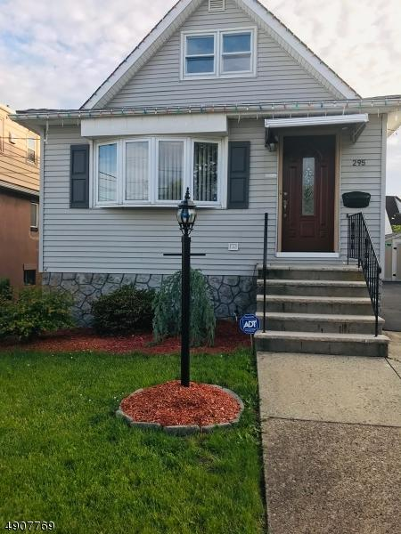 295 Linwood Ave, Paterson City, NJ 07502 (MLS #3566449) :: Weichert Realtors