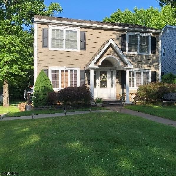 124 Kimberly Rd, Woodbridge Twp., NJ 07067 (#3567387) :: Daunno Realty Services, LLC