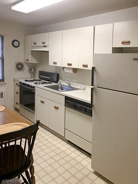 55 Sandra Circle A1, Westfield Town, NJ 07090 (MLS #3568054) :: Coldwell Banker Residential Brokerage