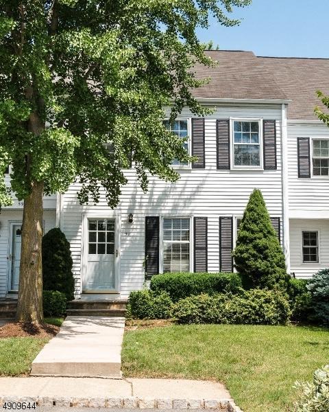 57 Hampshire Dr, Mendham Boro, NJ 07945 (MLS #3568172) :: SR Real Estate Group