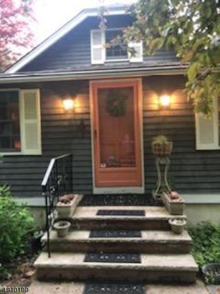 136 Mountainside Rd, Mendham Boro, NJ 07945 (MLS #3568592) :: The Dekanski Home Selling Team