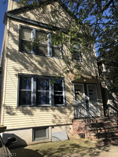 388 Armstrong Ave, Jersey City, NJ 07305 (MLS #3572016) :: The Dekanski Home Selling Team