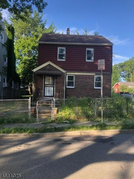 241 Hansbury Ave, Newark City, NJ 07112 (MLS #3572178) :: REMAX Platinum